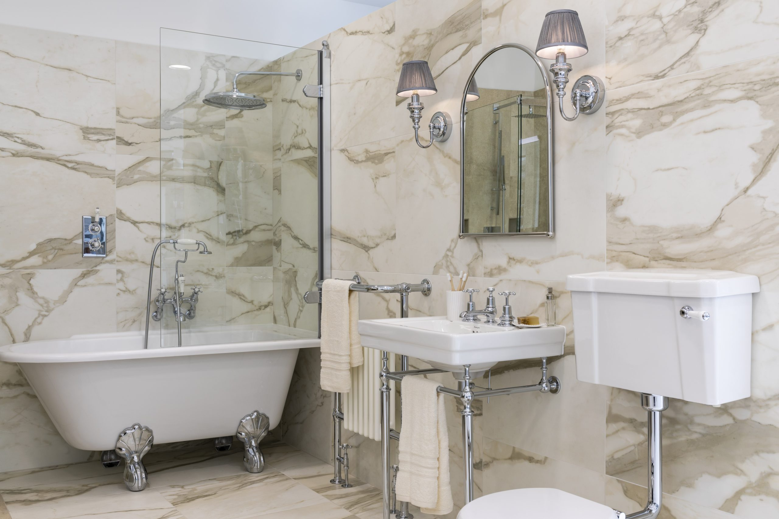 Should I Replace My Bath with a Shower