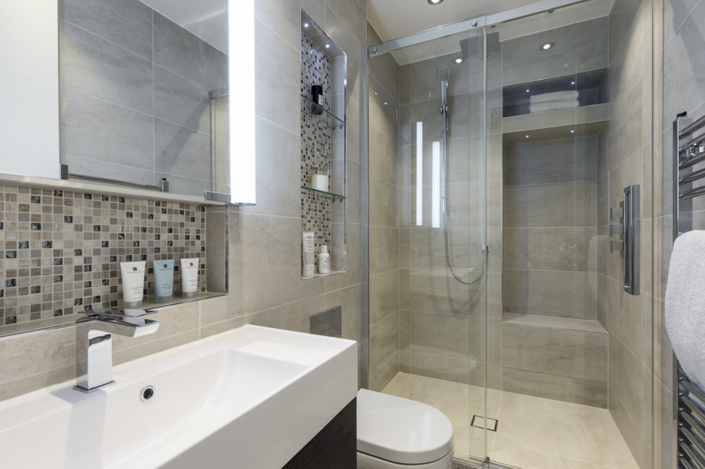 5 Small Bathroom Shower Design Ideas - The London Bath Co