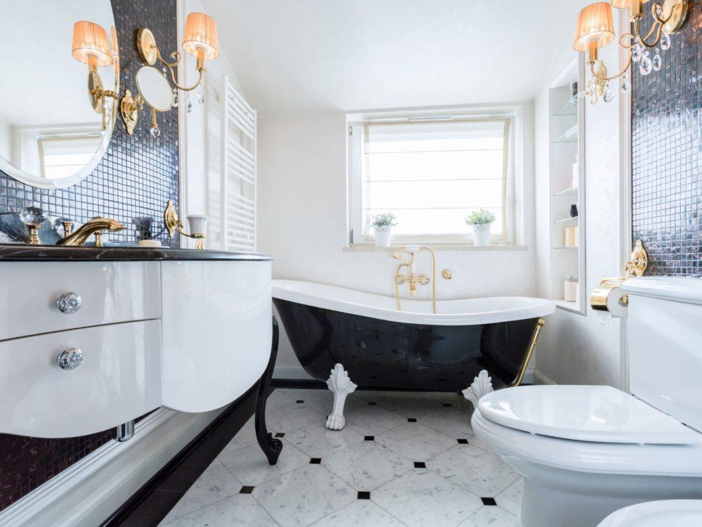 Classic High End Bathroom