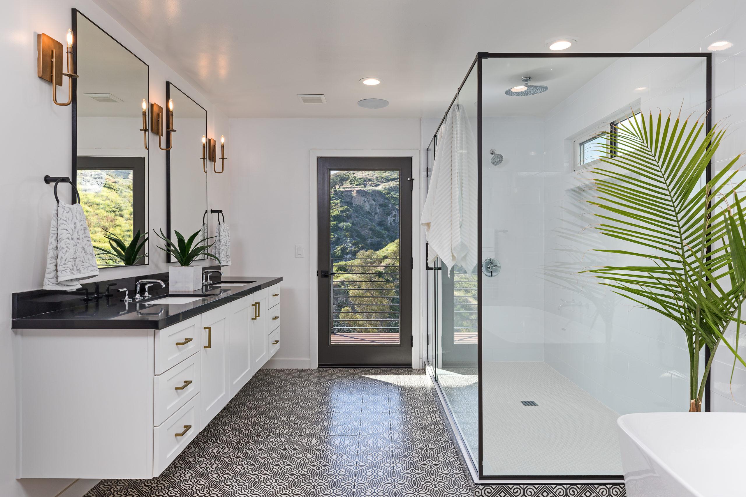 Photo of a contemporary looking bathroom.